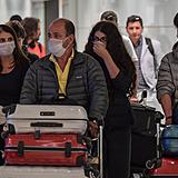 coronavirus sao paulo aeroporto brasil