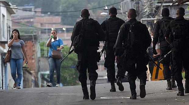 Segundo o relatório, Witzel desarticulou as operações policiais no estado do Rio e fez com que a polícia agisse com menos inteligência