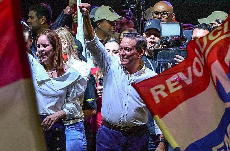 """""""O Panamá ganhou"""", disse o presidente após a confirmação do resultado das urnas"""