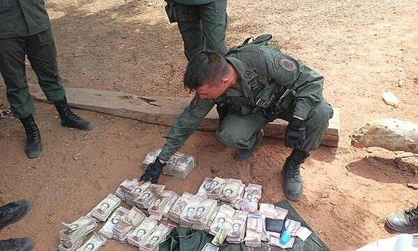 Uma operação especial da Força Armada Nacional Bolivariana (FANB) reteve 104 milhões de bolívares e deteve pelo menos 117 pessoas