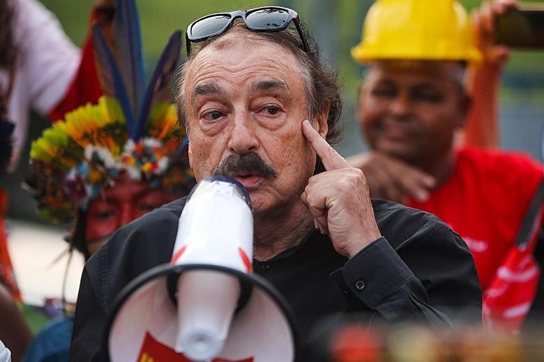 """""""Lula já tem na história a estatura de um Mandela ou de Ghandi"""", afirma Ramonet"""