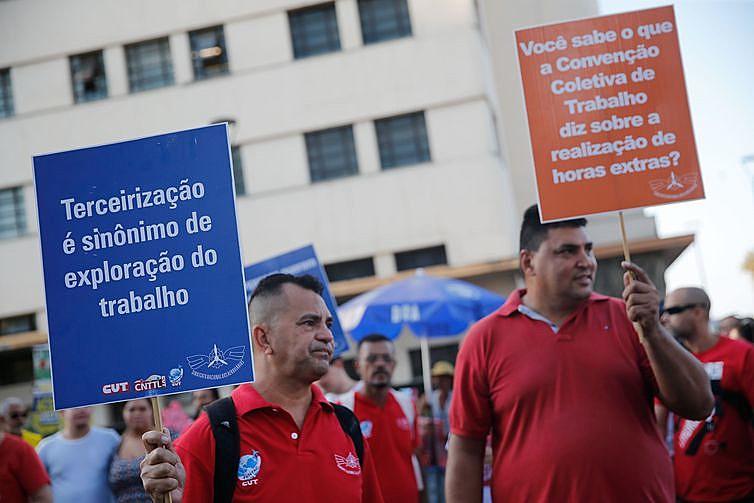 Trabalhadores estão tendo dificuldades nas negociações coletivas