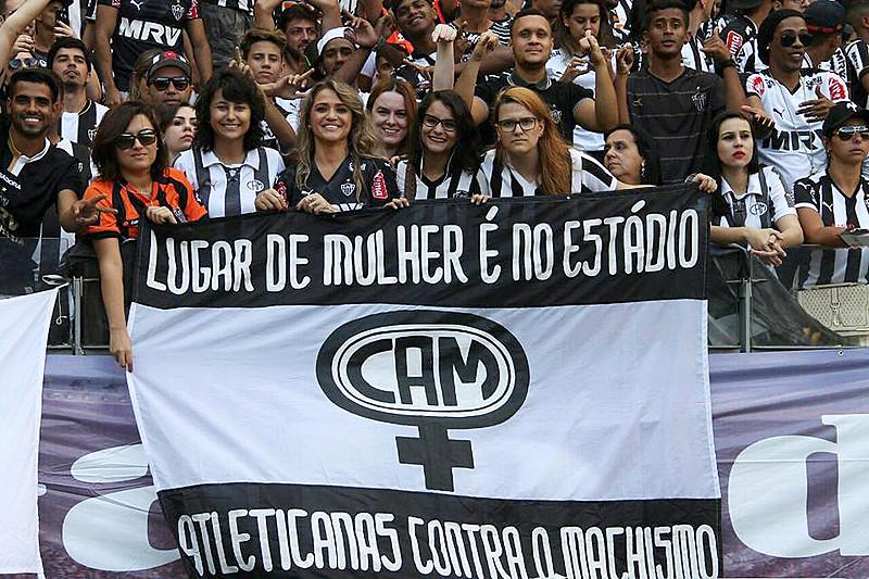 """""""A voz que prevalece no futebol é masculina. Mas isso não significa que nós estejamos caladas"""""""