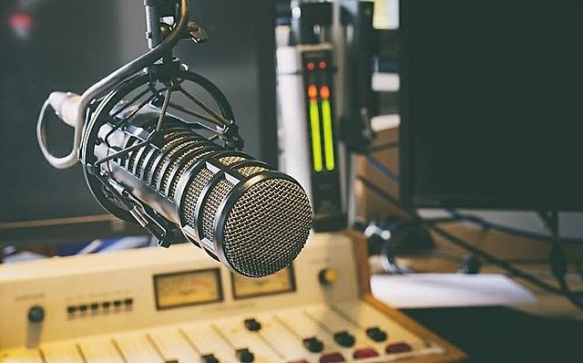 O Programa Papo Reto no Rádio vai ao ar todas quintas-feiras, às 10h na rádio Universitária Paulo Freire 820 AM