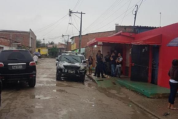 No último sábado, chacina em Fortaleza terminou com 14 mortos, sendo duas adolescentes e seis jovens com idade entre 19 e 25 anos
