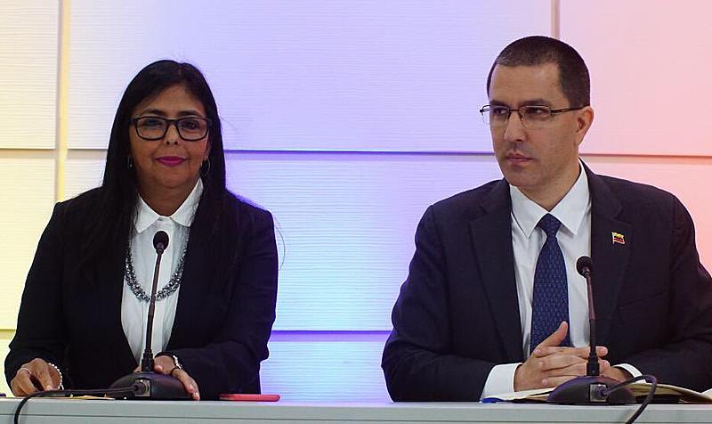 Delcy Rodríguez anunciou fechamento de fronteiras com ilhas do Caribe