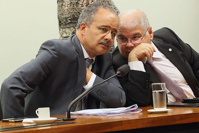 Deputado Vicente Cândido e o presidente da Comissão Especial para discutir a reforma política, Lúcio Viera Lima