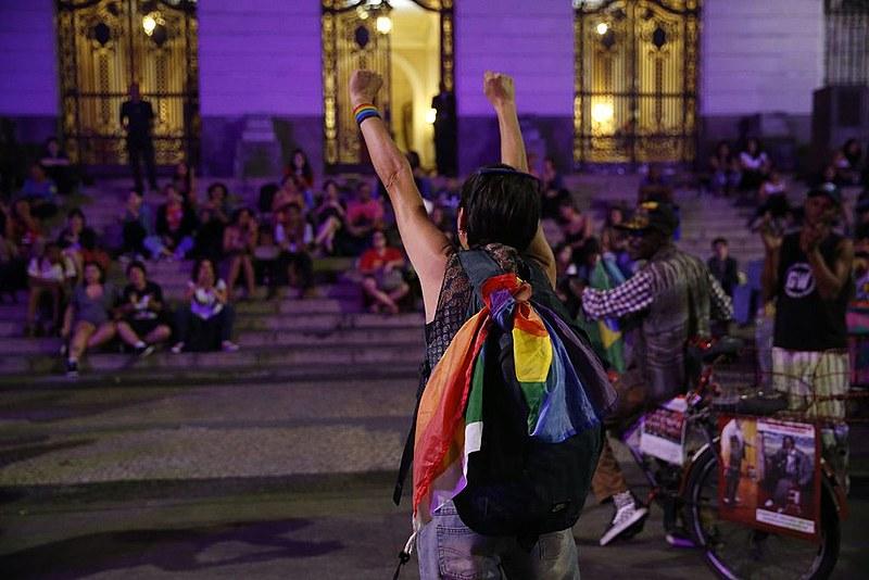 Segundo Dossiê sobre Lesbocídio no Brasil, assassinatos de mulheres por conta de sua orientação sexual subiram em 150% entre 2014 e 2017