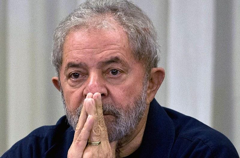 Ex-presidente Lula é cabeça da chapa presidencial liderada pelo PT, que se aliou ao PCdoB na corrida