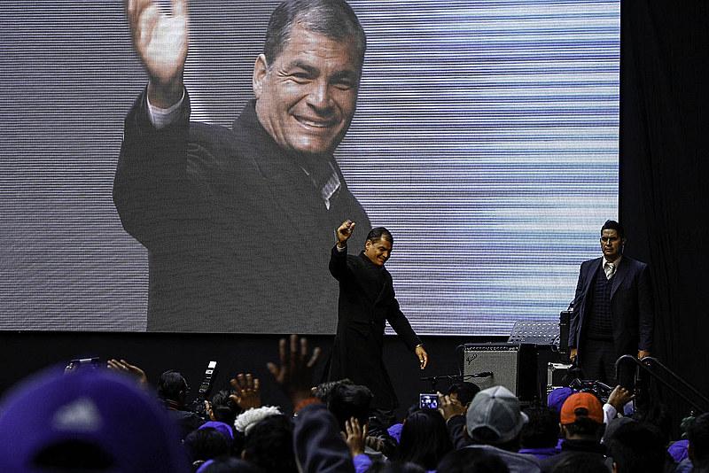 """O presidente do Equador, Rafael Correa, falou em """"nova Operação Condor"""" que usa o Judiciário contra a esquerda na região"""