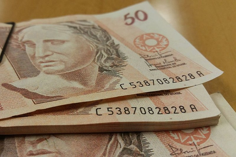 No Brasil, ricos não pagam impostos sobre grandes fortunas e patrimônios