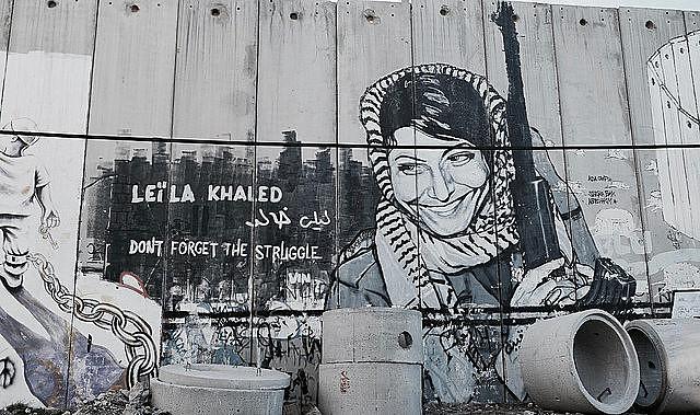 Grafiti en el muro que divide Israel y Palestina en Belén