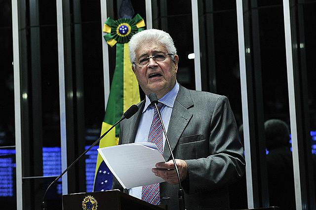 El senador Requião ha sido una de las voces más importantes contra el golpe en Brasil