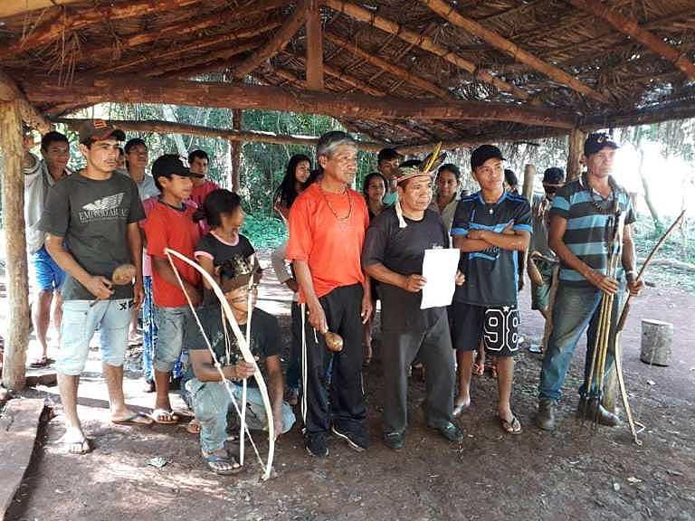 Comunidade ameaçada de despejo em Itaipulândia.