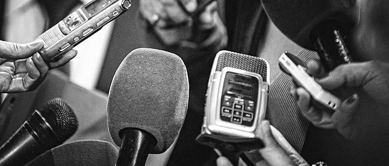 Foram 135 ocorrências de violência - incluindo um assassinato - que vitimaram 227 jornalistas