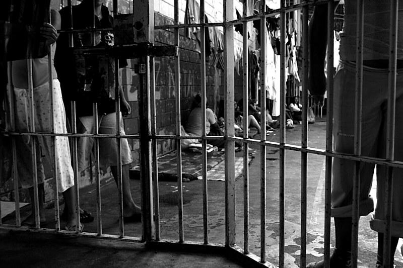 O índice de soltura de custodiados caiu de 40%, em 2016, para 20%, em 2017