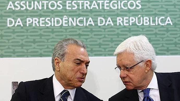 """""""Os veículos de comunicação que aderirem à campanha terão direito à publicidade federal"""", disse Moreira Franco"""