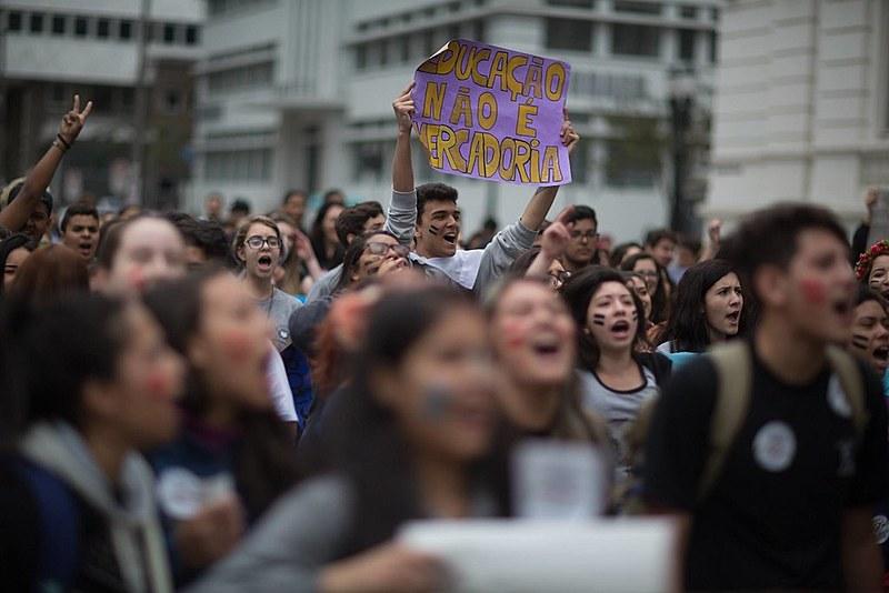 Concentração está marcada para às 18h30, na Praça 19 de dezembro, no Centro de Curitiba