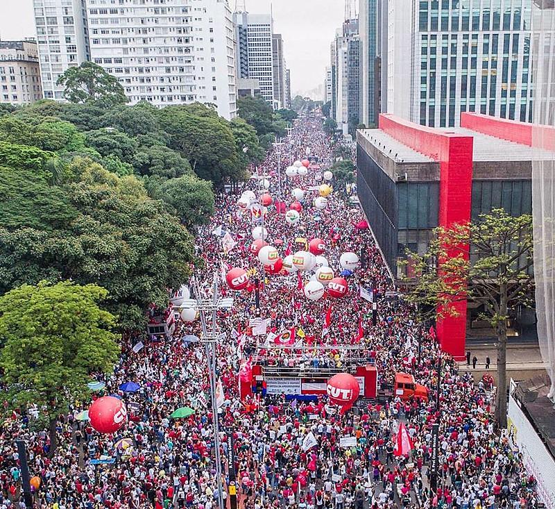 Protesto na Avenida Paulista no dia 15 de março reuniu cerca de 200 mil pessoas, segundo a organização