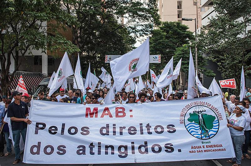 """""""Éa destruição da política pública pioneira relacionada ao tema no Brasil"""", critica o movimento"""