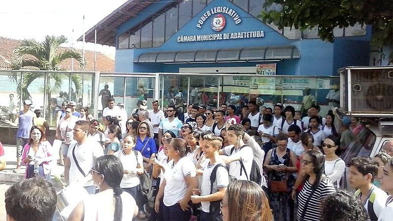 Ocupação de estudantes na Câmara Municipal de Abaetetuba