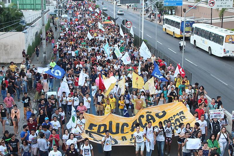 Organizações estudantis e sindicais organizam ato contra retrocessos e ataques do governo federal