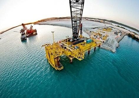 BNDES emprestou dinheiro a 400 empresas brasileiras para oferta de equipamentos e serviços a construção do Porto Mariel, por exemplo