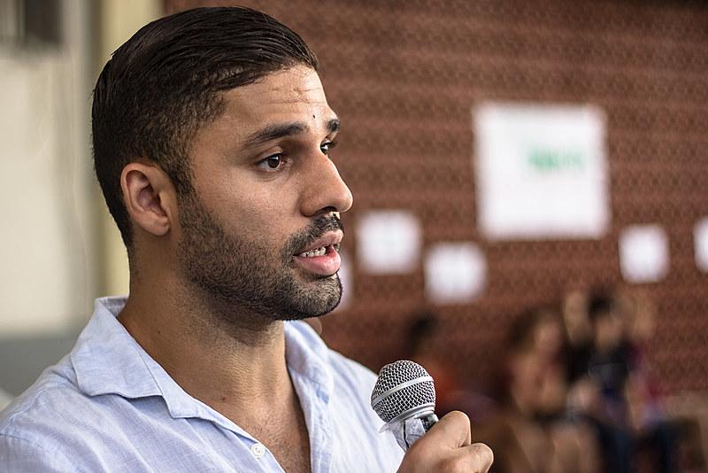 David Miranda fala sobre as semelhanças e diferenças entre a perseguição ele sofreu e o caso do blogueiro Eduardo Guimarães
