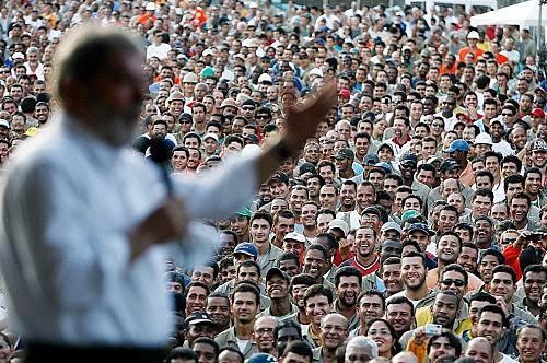 Pesquisas apontam Lula como favorito para as eleições presidenciais de 2018 em todos os cenários