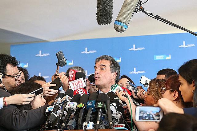 """""""Lo que no podría haber es una revisión del mérito político, pero de los presupuestos técnicos-jurídicos [podría]"""", explicó Cardoso"""