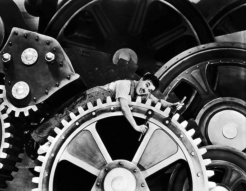 Tempos modernos, de Chaplin, retrata ambiente opressivo do modelo fordista