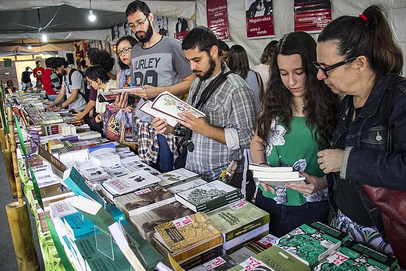 A editora esteve presente na 2° Feira Nacional da Reforma Agrária, realizada  em São Paulo, em maio