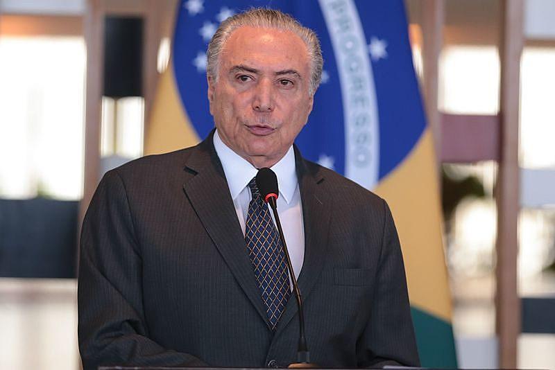 Presidente Michel Temer ajuizou uma ADPF para declarar inconstitucionalidade de decisões judiciais que impedem concessões de TV e rádio aos parlamentares