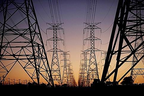 O setor elétrico estatal estratégico para o desenvolvimento do país; e a soberania nacional está em risco com a privatização da Eletrobras.