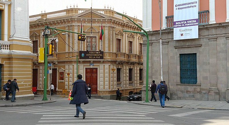 Bolívia busca superar as dificuldades materiais, impostas por cinco séculos de capitalismo, sem perder o horizonte revolucionário