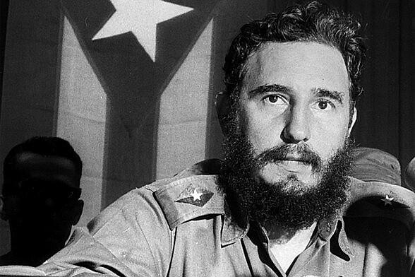El pueblo está preparado para esta transición, gobernar sin Fidel y sin Raúl, pero por Fidel y Raúl