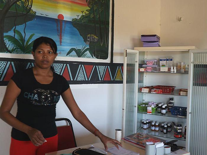Concita Sompré explica que antes dos médicos aportarem na causticante região, eram as enfermeiras que alcançavam as aldeias