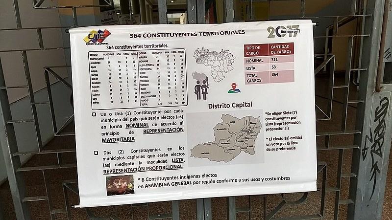Mapa com estados da Venezuela, durante simulação da Assembleia Constituinte, em julho deste ano