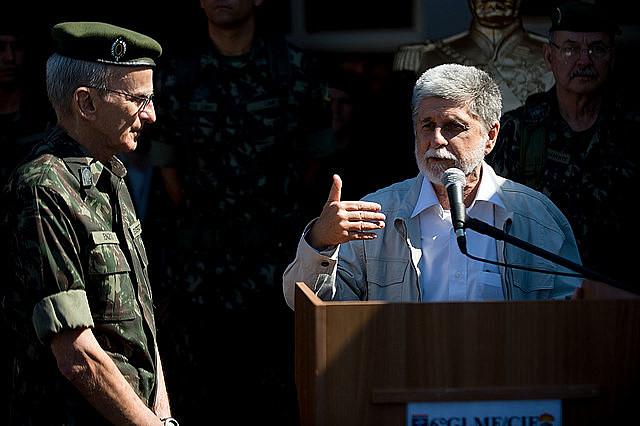Celso Amorim en la derecha de la foto fue ministro de Defensa en el gobierno Dilma entre 2011 y 2015