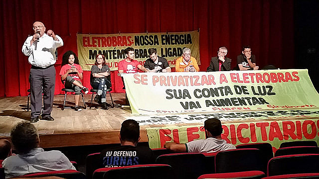 Union and movement leaders met last week to discuss strategies to protect Eletrobras