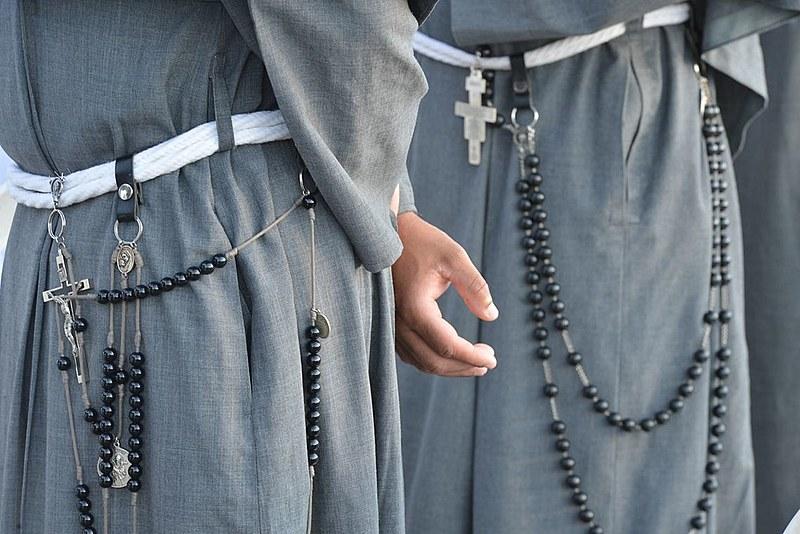 Fomos atendidos por uma freira velha, italiana, que nos tratou com a maior alegria