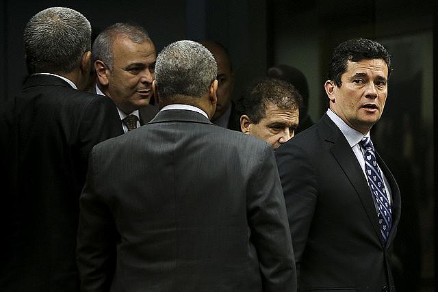 Juíz Sergio Moro está no centro do debate sobre o auxílio-moradia. Ele recebe valor mesmo tendo residência própria em Curitiba onde atua