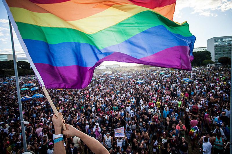 Bolsonaro e Daciolo apresentam em seus programas ataques às demandas da população LGBT