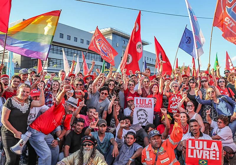 Vigília Lula Livre completou mais de 400 dias de resistência contra a prisão do ex-presidente Lula
