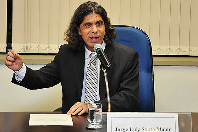 Souto Maior foi entrevistado no programa da Rádio Brasil de Fato