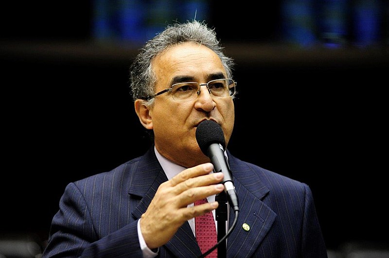Membro da bancada paraense, o deputado Edmilson Rodrigues (PSOL) defende que a polícia local não teria condições para investigar o caso.