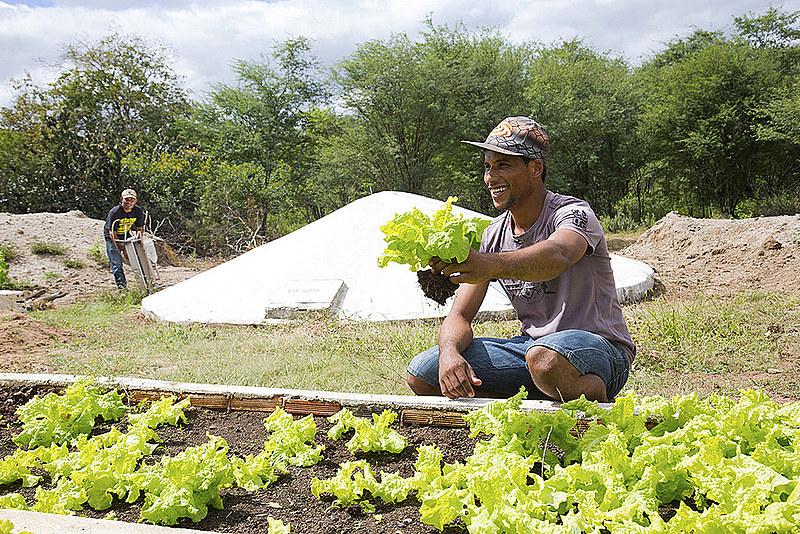 """""""Hoje a agricultura camponesa produz 70% de toda a alimentação humana do planeta"""""""