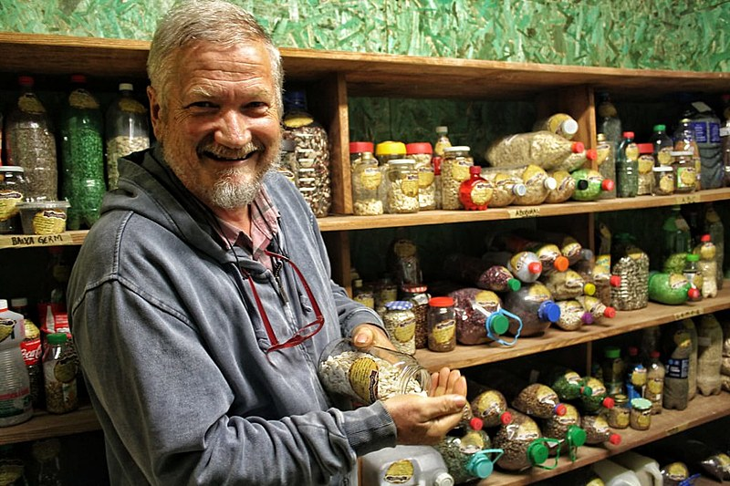 Hans Rinklin é coordenador da Casa de Sementes de Mandirituba (PR) e destaca que a iniciativa resgata o controle do cultivo pelo agricultor