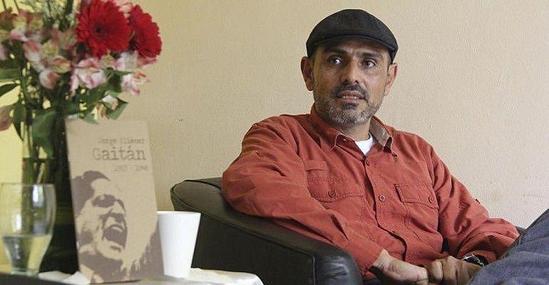 Representante do Exército de Libertação Nacional, Bernardo Téllez é integrante da delegação de diálogos de paz