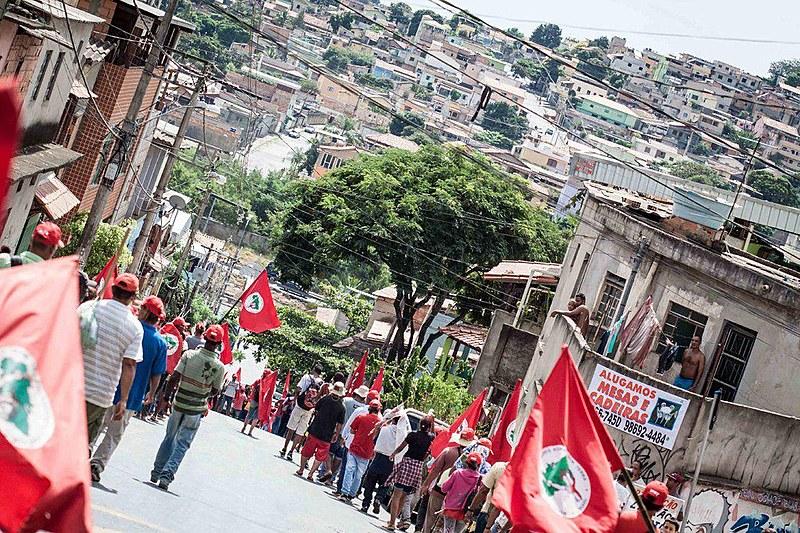 Cerca de 3 mil pessoas participaram da caminhada